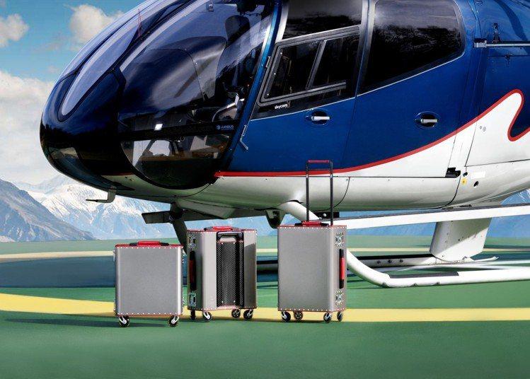 Kronos航太鈦金屬小型登機箱83,500元、中型登機箱88,700元、大型登...
