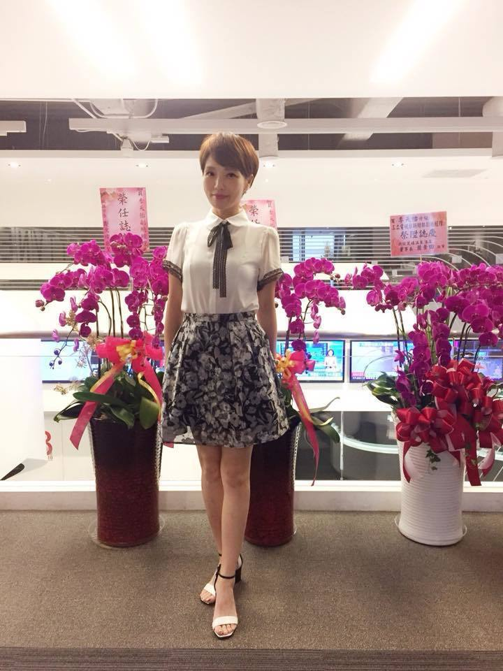 李天怡目前是三立當家主播。圖/摘自李天怡臉書