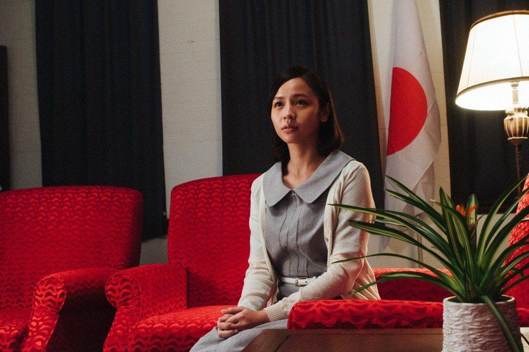 黃姵嘉在「台北歌手」飾演男主角紅粉知己。圖/客台提供