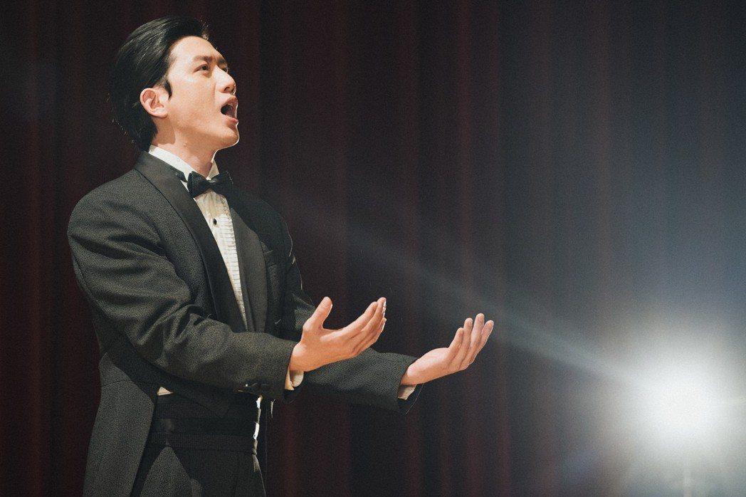 莫子儀在「台北歌手」中飾演台灣第一才子呂赫若的人生。圖/客台提供