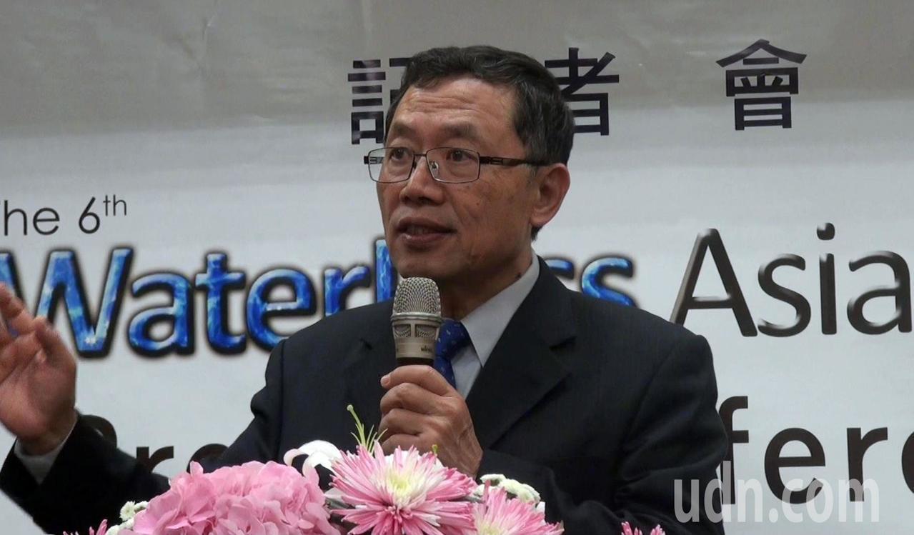 台灣自來水公司董事長郭俊銘在亞洲漏控會議記者會上表示,水資源彌足珍貴,減低漏水率...