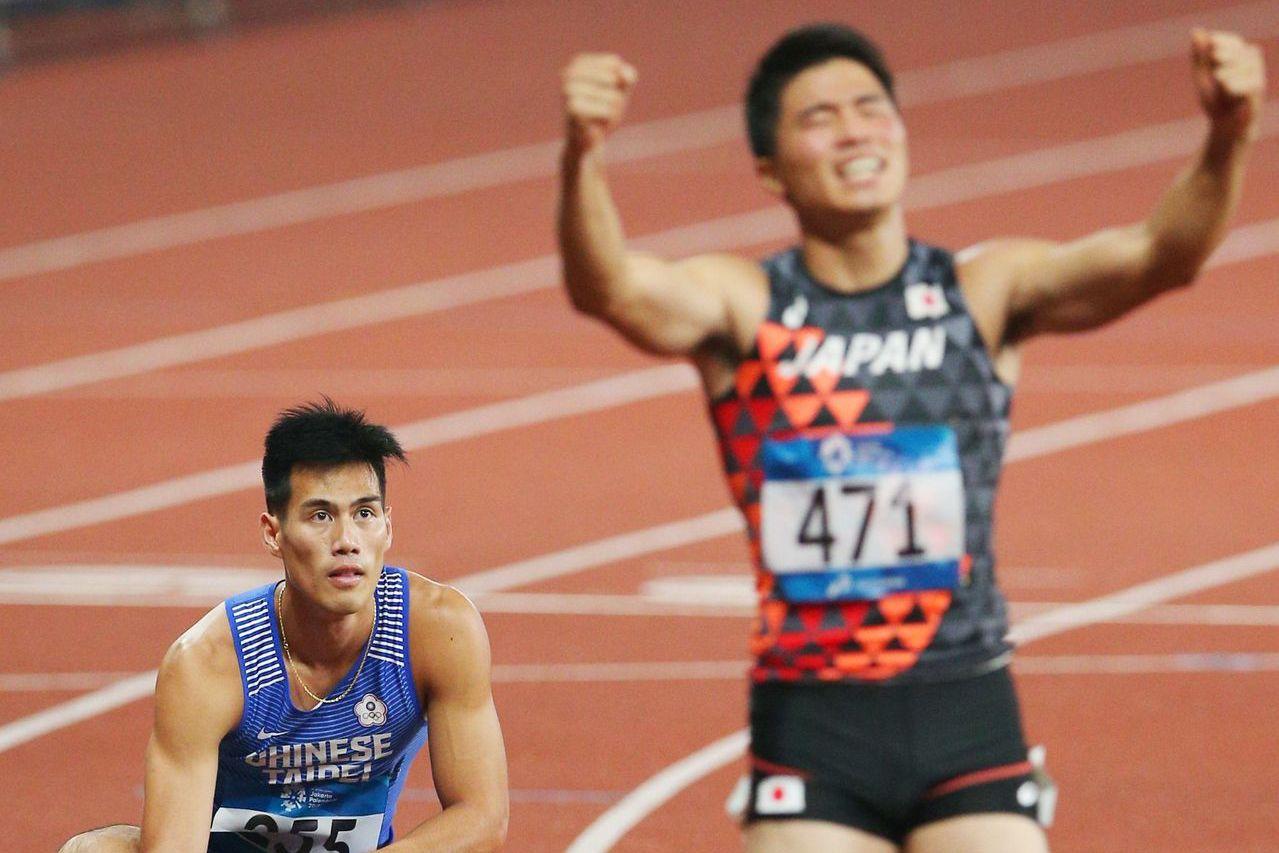 楊俊瀚(左)在亞運田徑200公尺決賽與日本名將小池祐貴同為20秒23,不過經過電...