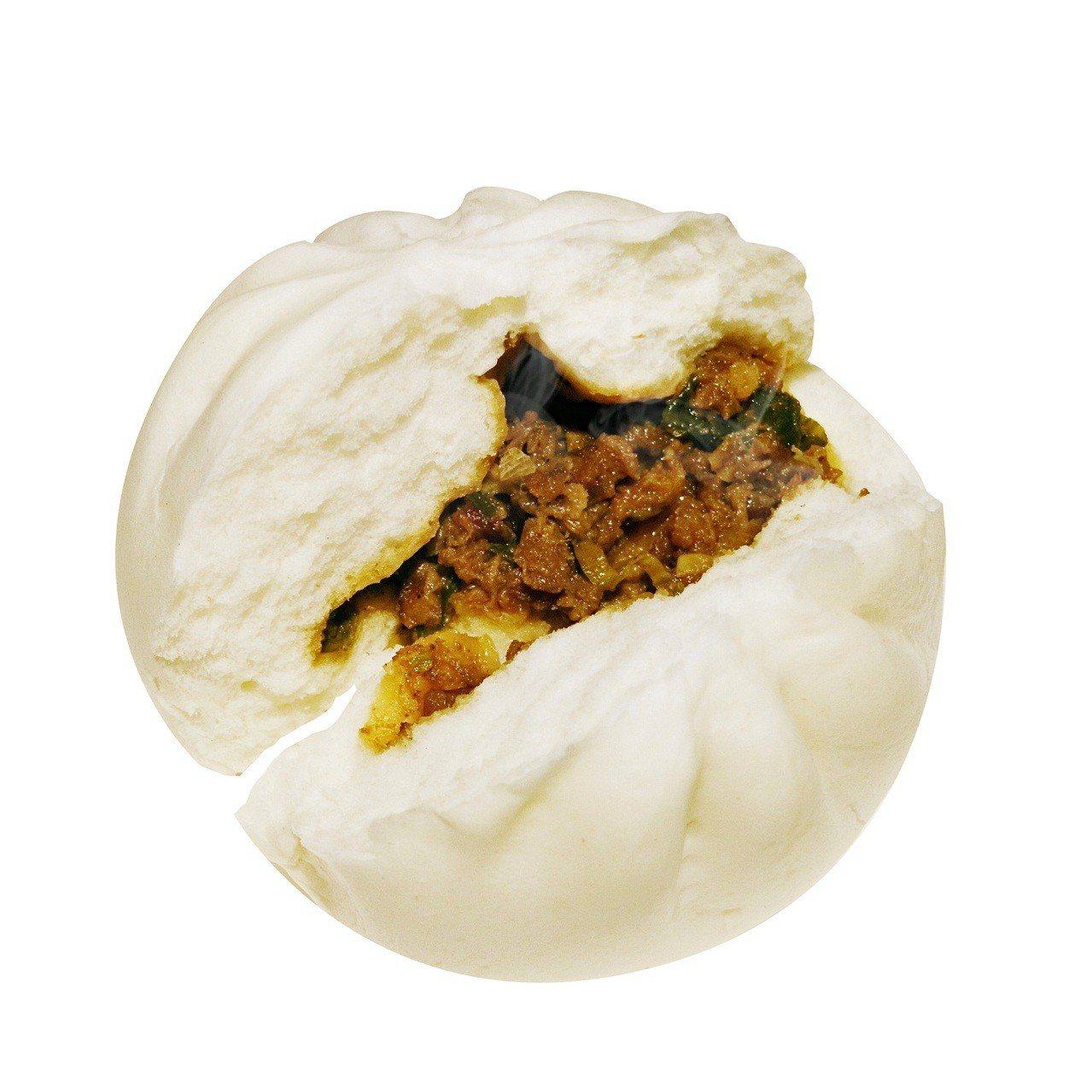宜蘭櫻桃鴨肉培根包,售價32元。圖/萊爾富提供