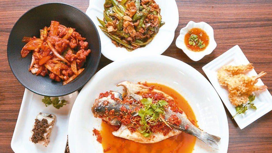 江南風味料理也可以自己DIY上桌。 圖/Deliveroo提供