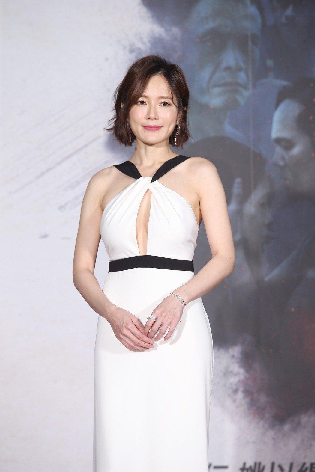 電影「引爆點」今天在台北信義威秀中庭舉辦盛大首映會,演員尹馨盛裝出席。記者高彬原...
