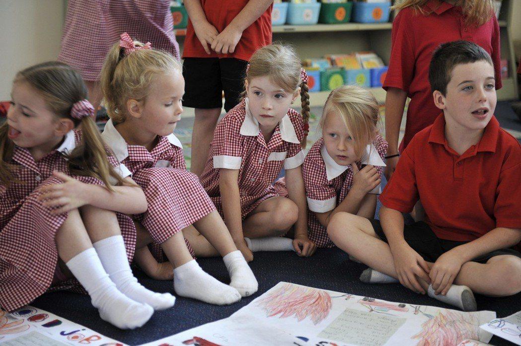 澳洲學生的「預期受教年限」長達22.9年,這群墨爾本的小學生,學涯才剛開始。 (...