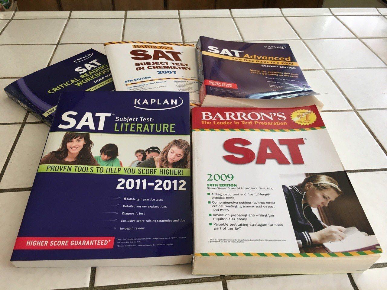 8月SAT考試惡評多,有無洩密爭議大。