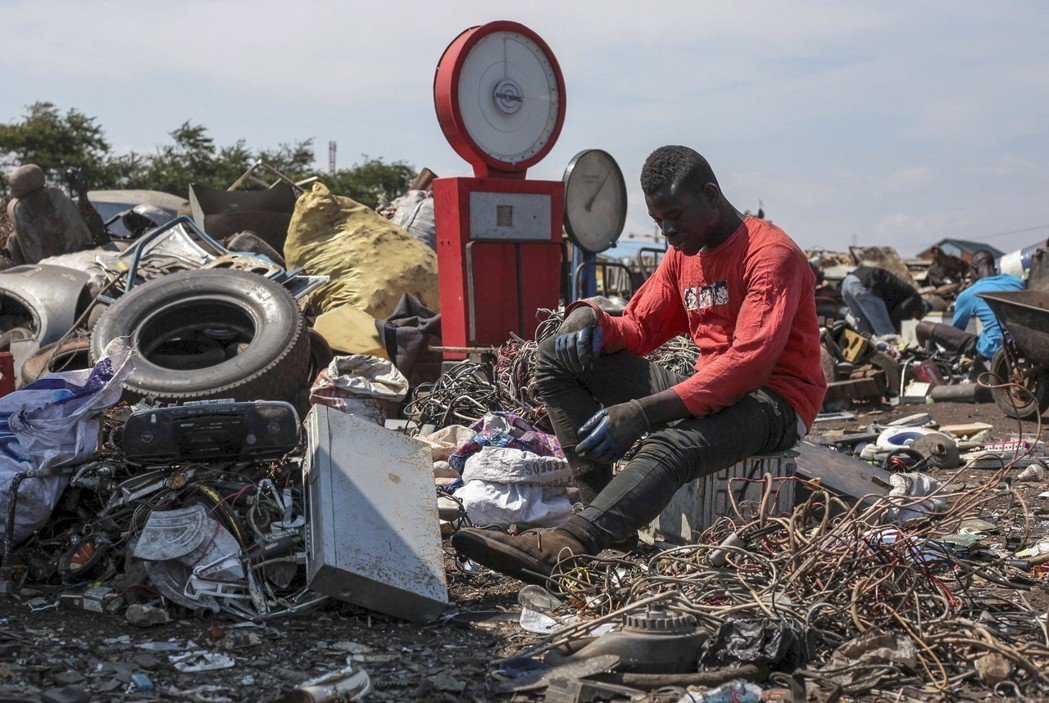 非洲迦納的阿博布羅西(Agbogbloshi)是世界上汙染最嚴重的貧民窟之一,非...