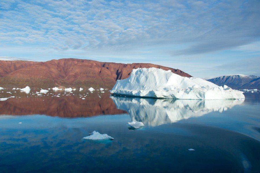 科學家發現,北極海底的暖海水正逐漸暖化,有可能讓海平面的冰層融化。(photo ...