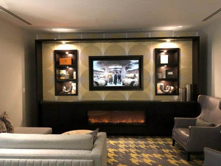 有沙發跟電視看 圖文來自於:TripPlus