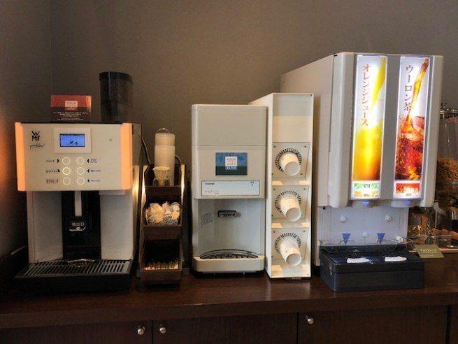 備有各種基本的咖啡、果汁、茶飲 圖文來自於:TripPlus