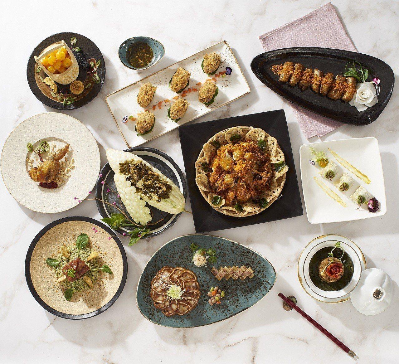 「傳承1/4世紀風華」菜單,囊括現今難得品嚐到的中菜八大菜系中的經典功夫名菜,橫...