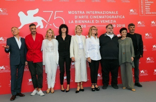 本屆威尼斯影展評審團與媒體會面。(美聯社)