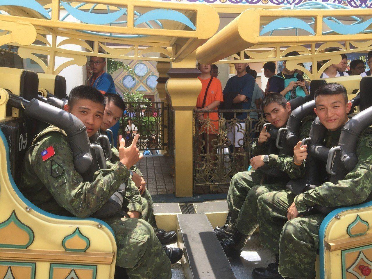 福村主題遊樂園向保家衛國的軍人和作育英才的師長們致敬,從9月1日至30日,只要憑...