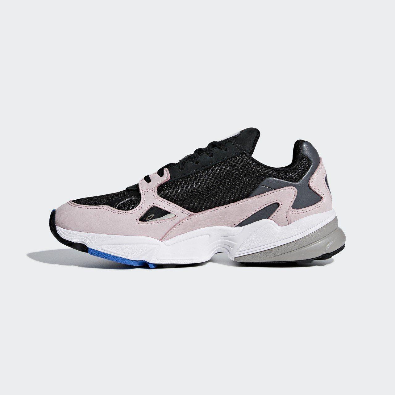 adidas Originals新系列Falcon鞋款,約3,690元。圖/ad...