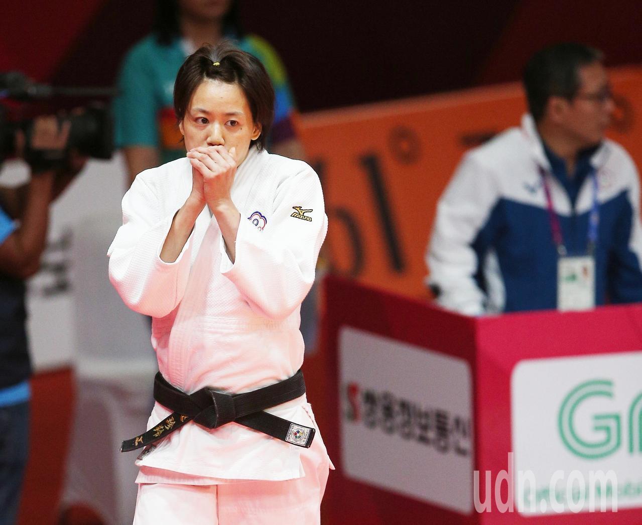 亞運,柔道女子57公斤級,中華連珍羚(左)奪銅牌。特派記者陳正興雅/加達攝影