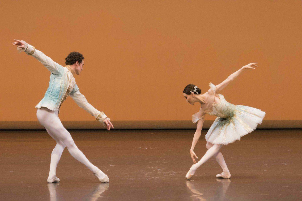 梵克雅寶與黑潮藝術攜手呈現「世界芭蕾舞星饗宴」在台灣,《睡美人雙人舞》(The ...