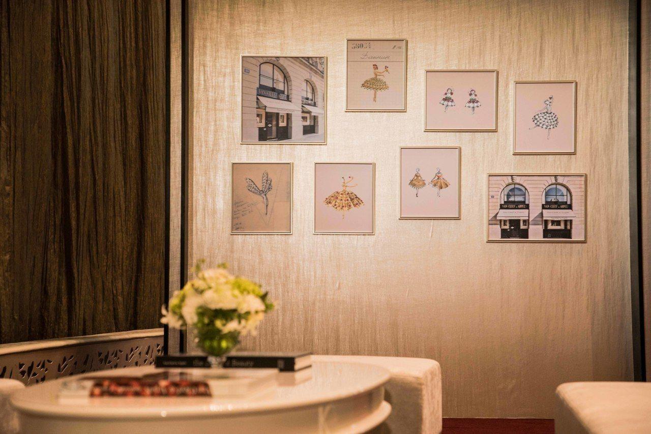 梵克雅寶為「世界芭蕾舞星饗宴」特別引進6件芭蕾舞伶骨董珠寶和相關手稿於台中國家歌...
