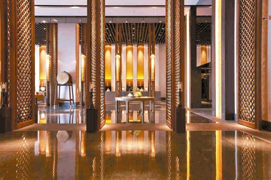台南晶英酒店,七、八月暑期旺季繳出住房率高達九成的傲人成績,羨煞飯店同業。 台南...