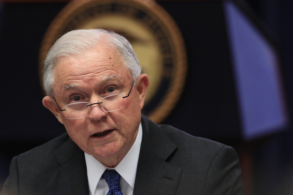 美司法部長塞申斯(圖)遭總統川普開除。美聯社