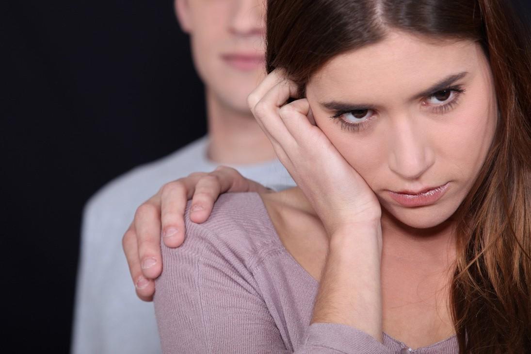 一名女網友抱怨男友不願接送自己上下班而怒喊分手,反被其他網友砲轟「公主病」太嚴重...
