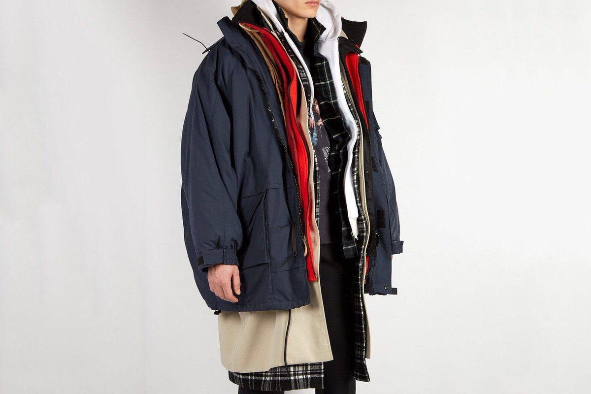 精品品牌Balenciaga推出多層次外套的新款冬裝。(取自Balenciaga...