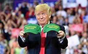 川普30日威脅退出世界貿易組織,專家認為美國在短期內不會退出,但若真的退出,則將...