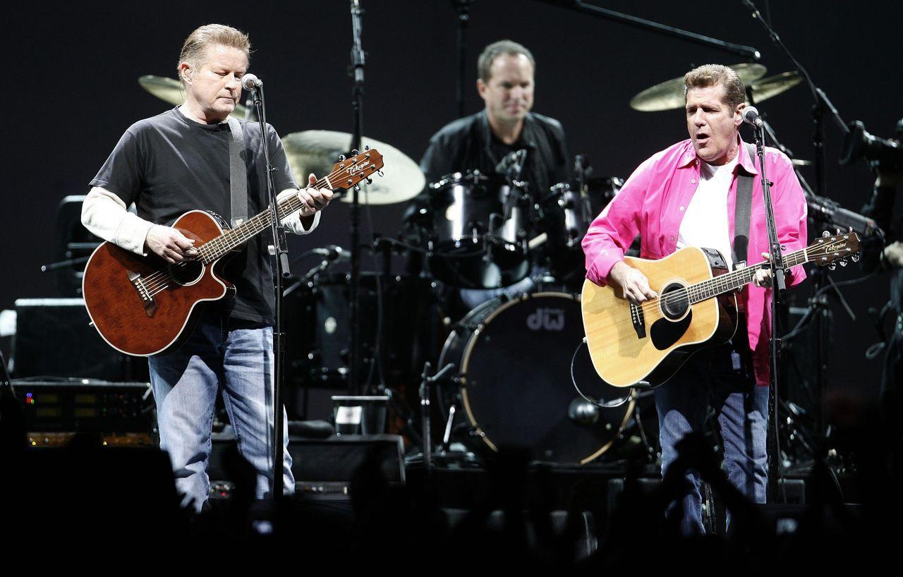 嬰兒潮世代樂迷花錢力挺,把老鷹合唱團精選輯拱上歷來最暢銷專輯榜首。 路透