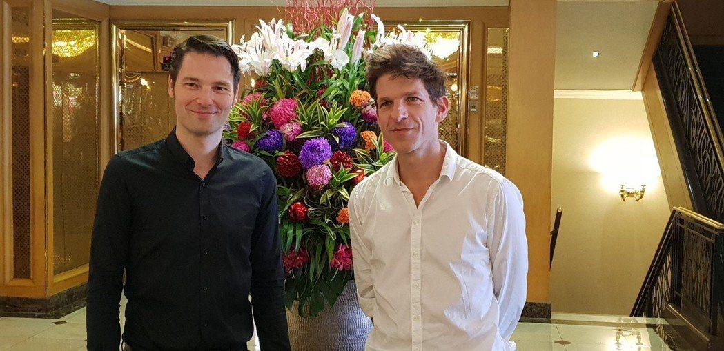 來自德國的兩位鋼琴才子安德列亞斯.肯恩(右)與保羅,希比斯。記者陳宛茜/攝影