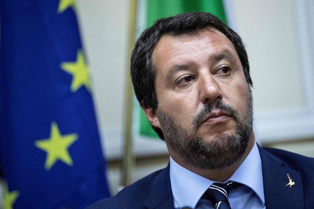 堅決反移民的義大利極右派內政部長薩維尼。 (法新社)