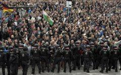 德國移民政策緊張 正反雙方齊上街頭