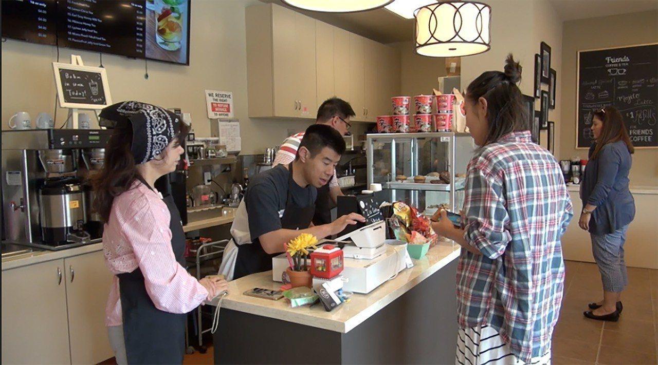 位於矽谷的「朋友咖啡店」(Friends Coffee & Tea)由華人特殊兒...