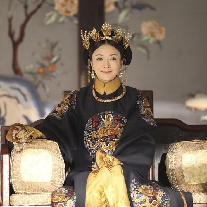 秦嵐:「如果我二十歲的時候碰到富察皇后這樣的角色,可能會直接放棄」。圖/摘自微博
