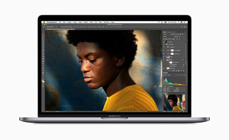 2018年款MacBook Pro,13吋建議售價57,900元起、15吋建議售...