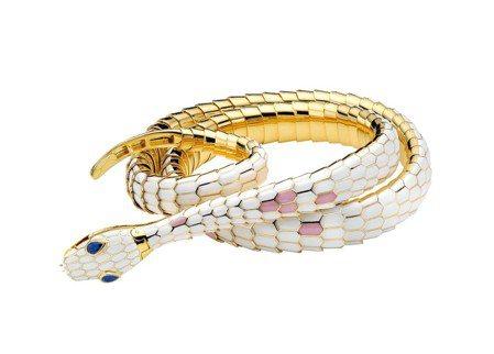 时任VOGUE总编辑Diana Vreeland配戴过的Serpenti骨董珠宝...
