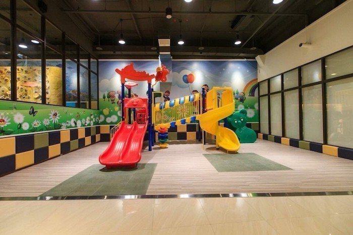 「微笑台北」公設會所規畫娛樂設施高達39項,全齡化設計打造出安全無障礙公設空間。...