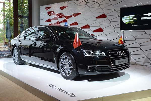 梅克爾座車Audi A8L Security。 摘自Turbozens