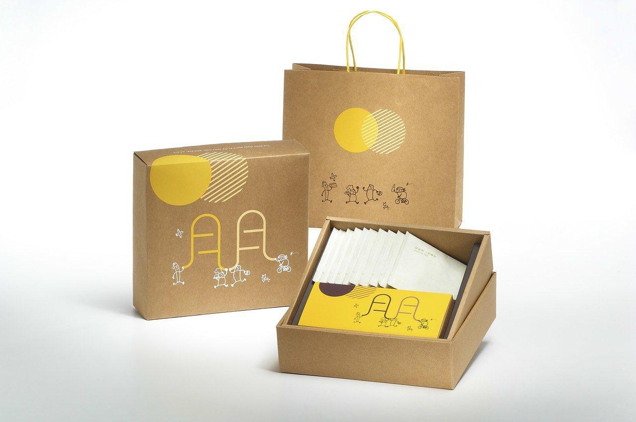 微熱山丘2018中秋限定「鳳梨酥烏龍茶禮盒」,售價820元。圖/微熱山丘提供