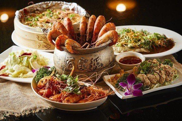 以泰國蝦、筍殼魚料理及風味菜為主。
