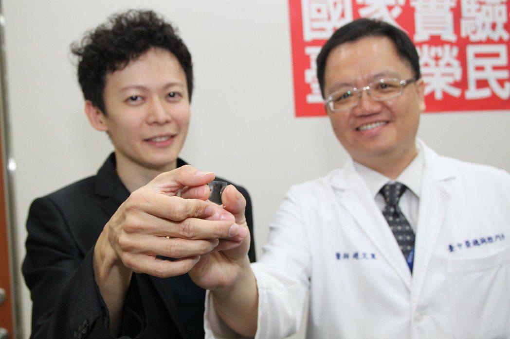 只要透過「抗生素藥敏檢測晶片」可以節省一半的查出細菌菌種時間。記者黃寅/攝影