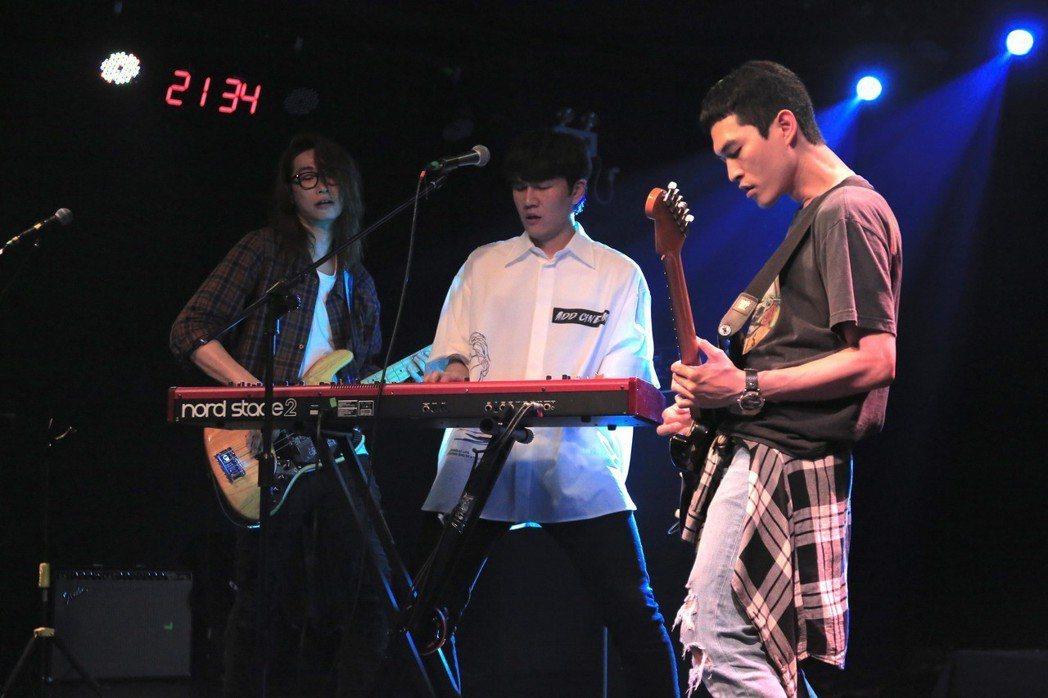 宇宙人10月21日「我們的探險計劃」巡迴演唱會將在台北Legacy開唱。圖/相信...
