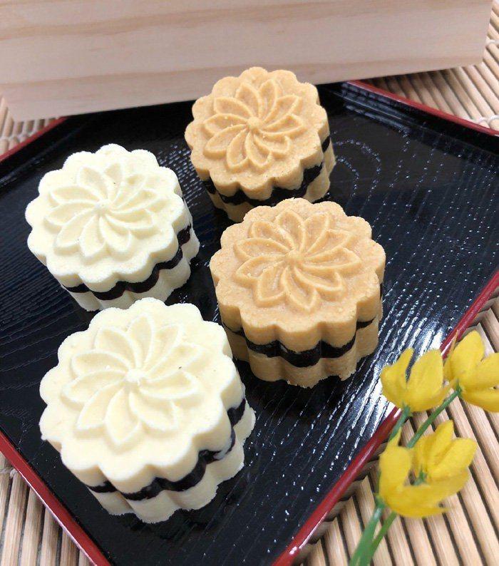 連珍棗泥花糕禮盒是今年中秋冰餅類的大熱門。圖/樂天市場提供