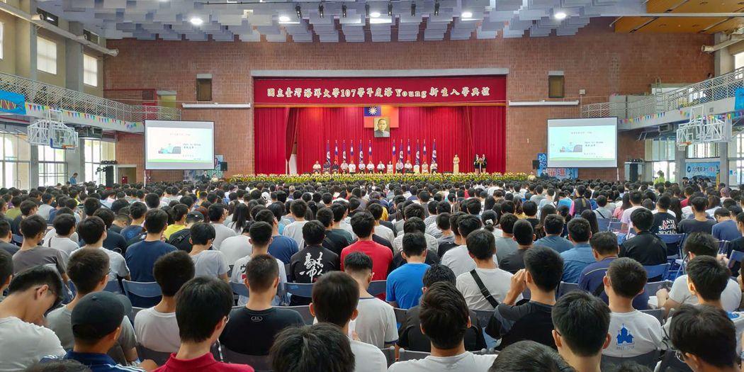 國立臺灣海洋大學今年一共錄取了1414位新生,絲毫不受少子化浪潮的影響。 圖/國...