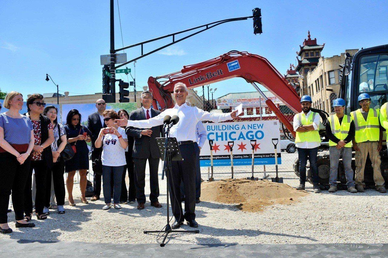 芝加哥市長伊曼紐退出明年市長選舉,掀起芝城政壇陣陣波瀾。 聯合報系資料照/記者黃...