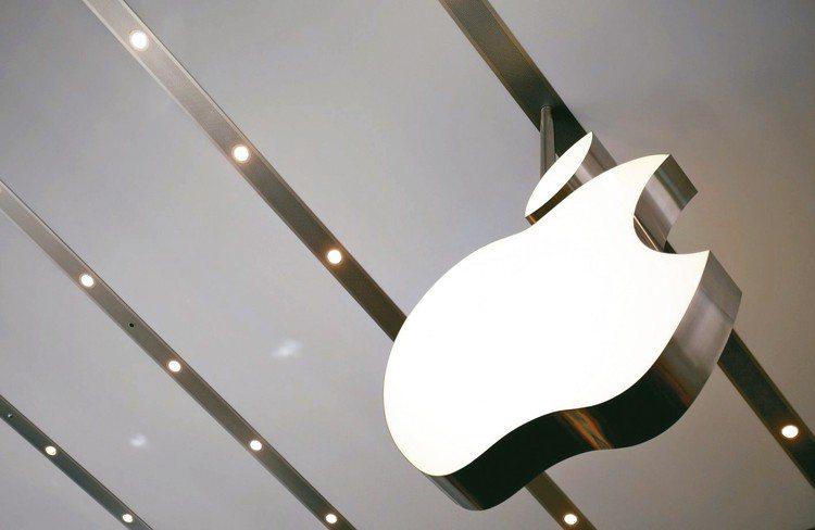 蘋果新機本月將發表,被視為科技股下半年大利多。 路透