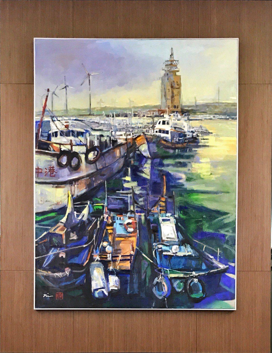 畫家倪朝龍(右二)的「閃亮台中港」展現台中繁榮。