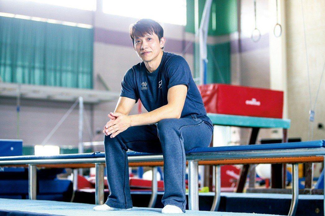 體操教練林育信。攝影/王騰毅