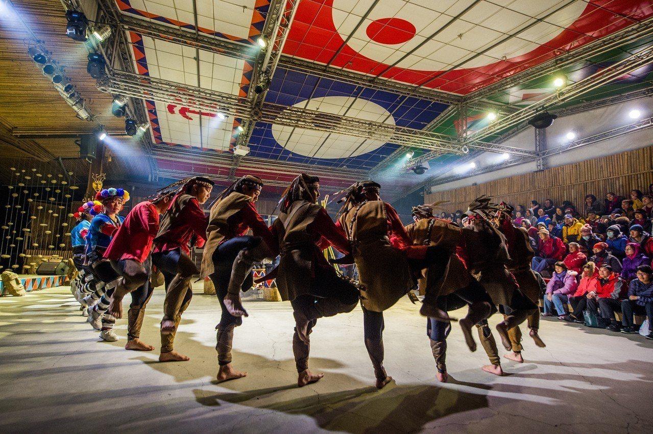 優遊吧斯-鄒族文化部落園區