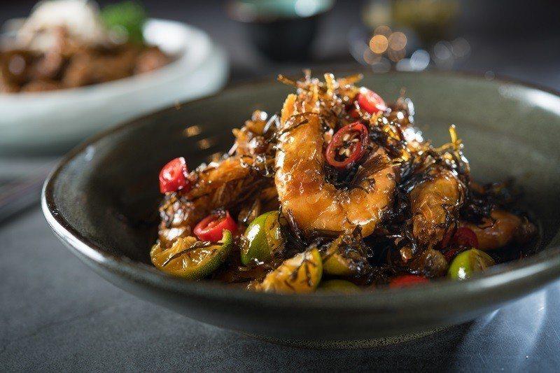 野山蒜油爆蝦殼酥脆肉嫩不需再剝殼