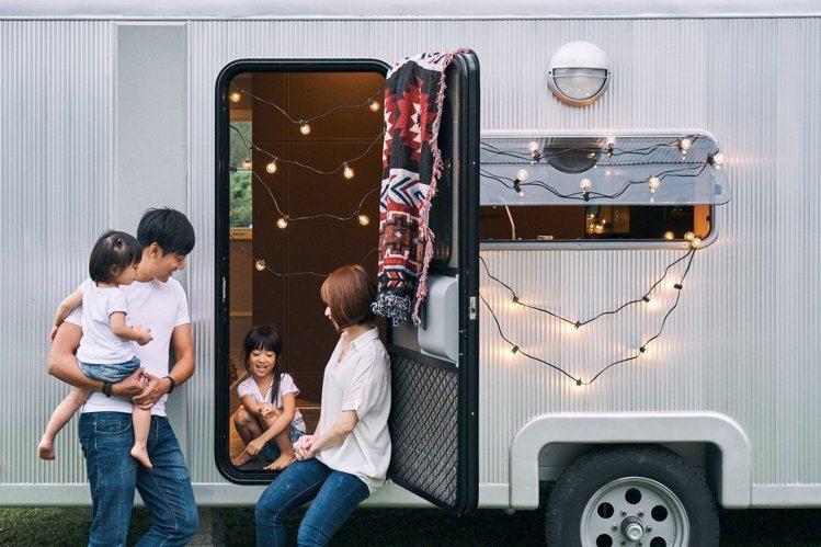 宜蘭礁溪老爺酒店引進20輛露營車,提供旅客住宿。圖/礁溪老爺提供